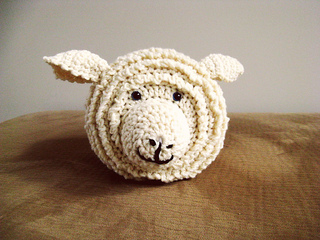 Sheepy-ish_toilet_roll_holder_small2