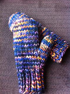 Ravelry: Quick Bulky Mitten pattern by Aimee Pelletier