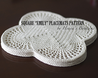 Ravelry square emily placemats pattern by henna huczkowski for Small square placemats