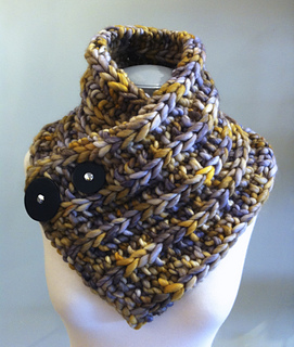Rasta_molly_s_cowl_small2