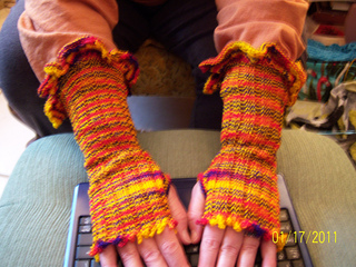 Cape_and_other_knit_projects_059_small2