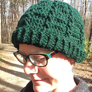 Crochet_cable_hat_finished_small2