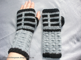 Dalekgloves4_small2