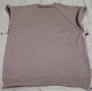Nicholas_sweater_3_small2
