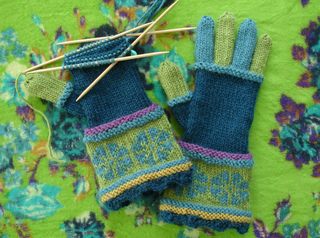 Knitting_2211_small2
