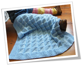 Blue-muda_triangle_baby_blanket_cover_for_web_small2