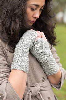 109b93_chevron_fingerless_gloves__427x640__small2