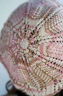 Laceberet_back_small2