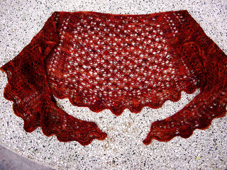 Scalloped_shawl_small2