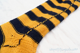Yarn-carried-up-stripes_small2