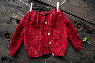 015_pleated-yoke-baby-sweater02_small2