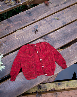 015_pleated-yoke-baby-sweater03_small2