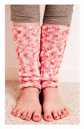 Yoga Leg Warmers Knitting Pattern : Ravelry: Yoga Leg Warmers pattern by Hanri Shaw
