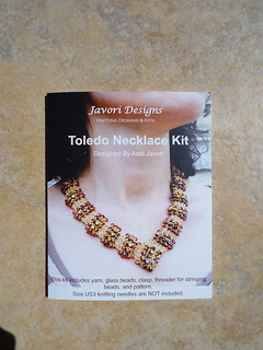 Toledo_necklace_packaging_small2