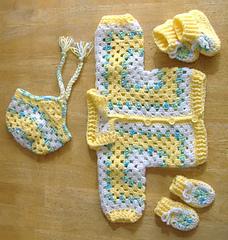 Baby_hex_yellow_dscf3239_small