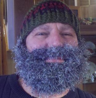 Bearded_beanie_fuzzy_small_small2
