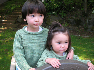 Georgie_and_mia_014_crop_small2