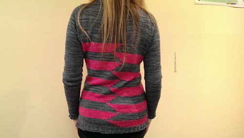 Striped_cardi_back_medium
