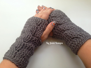 By_jenni_cable_gloves_small2