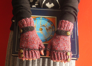 First_snow_mitts_1-11__2__small2