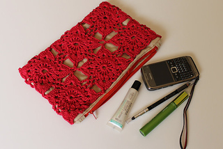 Flowermotifclutch_small2