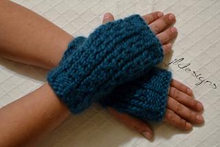 Vertical_vines_fingerless_gloves_2_small2