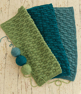 17_cables_and_lace_trio_00010_small2