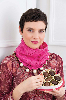 4_st_v_lacy_cowl_108_small2