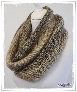 Knitting-pattern-cowl-glamour2_small2