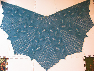In_spring_shawlette_001_small2