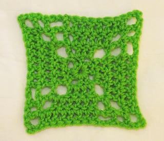 Pinwheel_crocheted_granny_square__copy__small2