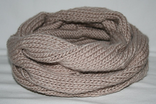 Knitted_cowl_-_julianne_smith_-_view_3_small2