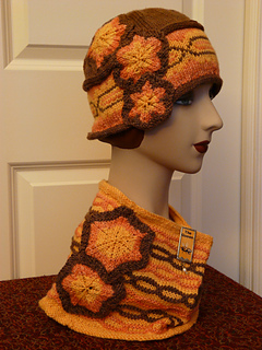 Simone_cowl_and_cloche_side_view_2_10_21_14_small2