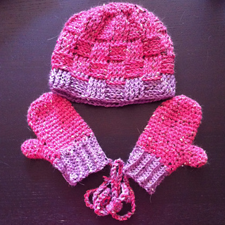Free Crochet Pattern Childrens Mittens : Ravelry: Crochet Toddler Mittens Ceyla pattern by Kinga Erdem