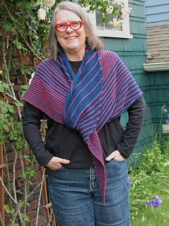 Spring_treat_shawl_small2