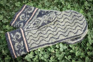 Firenze_mitten_sm_palm_pattern_size_small2