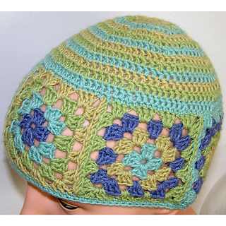 Kyarns-granny-square-beanie-crochet-pattern-popup_small2