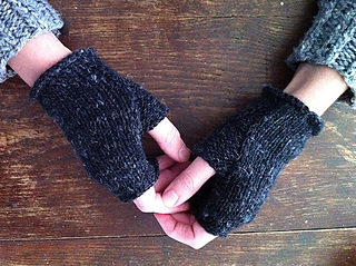 Karentempler_wabi_mitts_small2