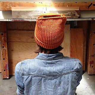Orange_heel_stitch_hat_kitchener_small2
