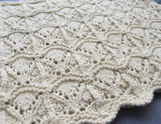 Wicker_cowl_close_up_small2