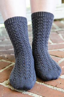 577-french-vine-socks-front_small2