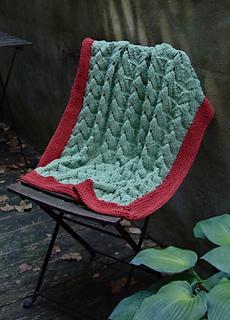 Nestling_baby_blanket_small2