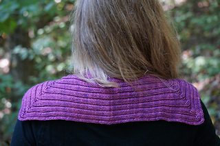 Scarf_back_neck_small2