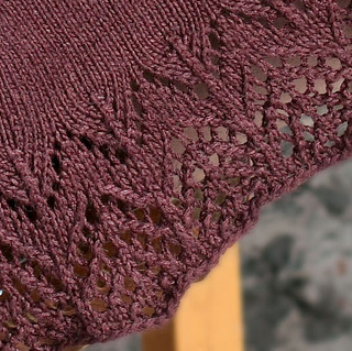 Lace_skirt_edge_small2
