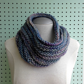 Simple Knit Cowl Pattern : Ravelry: Easy Mobius Cowl pattern by Haley Waxberg