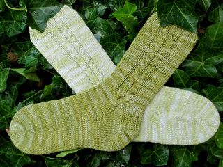 108_cable_socks_small2