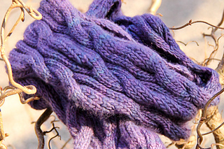 Verychicscarf_cover_theknitting_vortex_small2