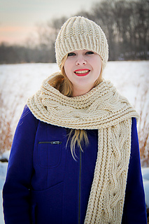 Fish_moderne_hat_scarf_the_knitting_vortex_small2
