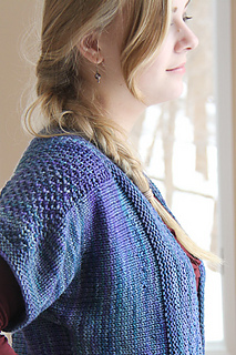 Blue_honey_side_view_the_knitting_vortex_small2