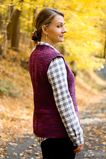 Patty_ann_back_view_the_knitting_vortex_small2